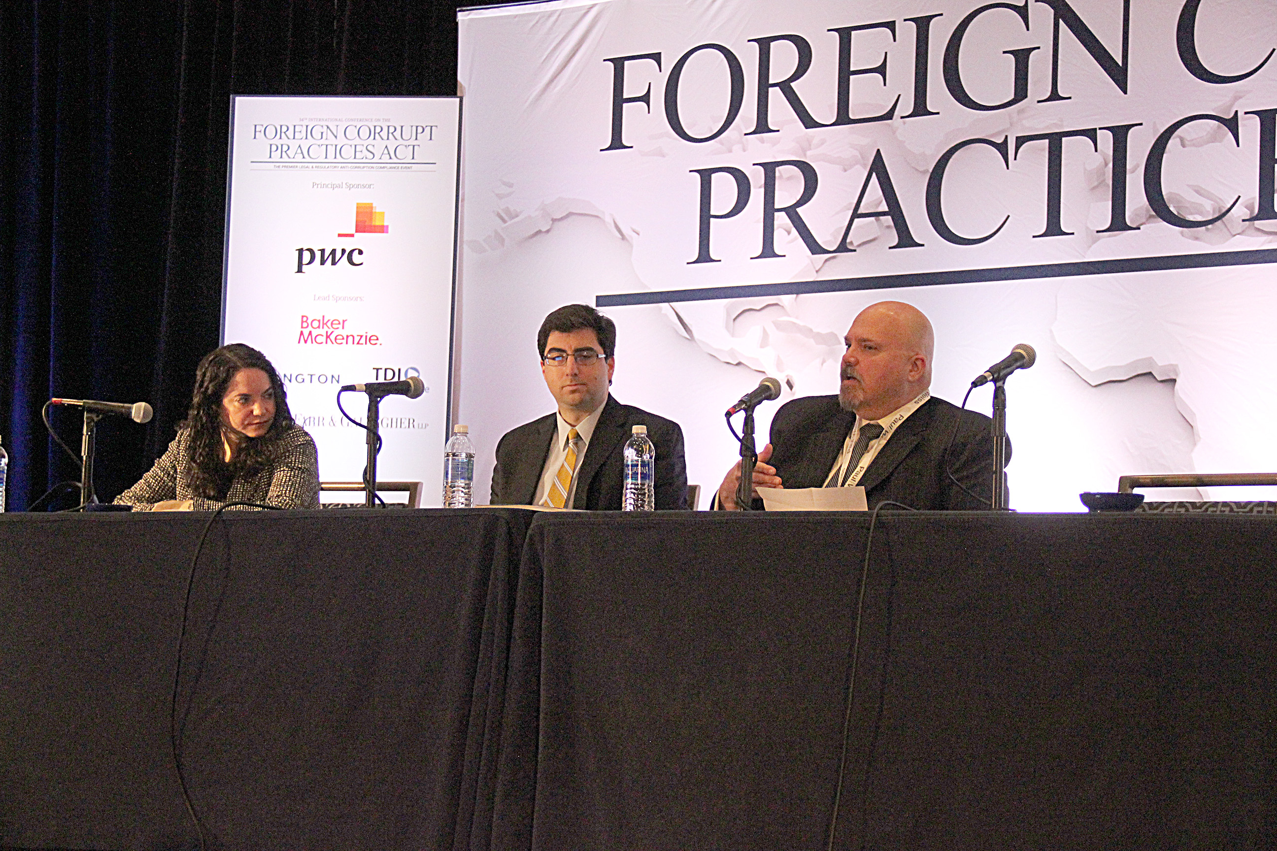 """foreign corrupt practices The foreign corrupt practices act (""""fcpa"""") generally prohibits the bribing of  foreign officials the fcpa also requires publicly traded companies to maintain."""